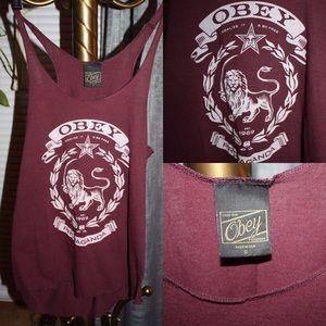 Obey lion tank
